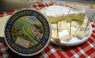 """Le camembert, fromage à pâte molle, emblème planétaire du """"french way of life"""" est en passe de résoudre son problème identitaire"""