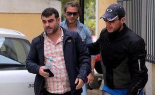 Un journaliste grec comparaissait jeudi devant la justice pour avoir publié une liste de détenteurs présumés de comptes en Suisse, que plusieurs gouvernements successifs sont accusés d'avoir ignorée alors que l'évasion fiscale reste un des maux non soignés du pays.