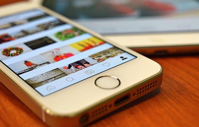 Coronavirus: WhatsApp, Instagram, Facebook.... Vos parents ou grands-parents se sont mis aux réseaux sociaux? Racontez-nous