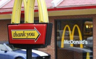 Le drive-in d'un McDonald's, aux Etats-Unis.