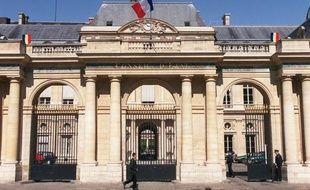 Le Conseil d'Etat, la plus haute juridiction administrative française, a ouvert la voie à la restitution de bénéfices de contrats d'assurance-emprunteur aux consommateurs pour la période allant de 1996 à 2007, en déclarant illégale une ancienne disposition du code des assurances.