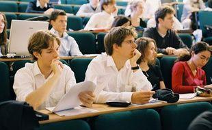 Des étudiants de l'ESCP-Europe, qui dispense le 2e meilleur master de management au monde selon le classement 2012 du «Financial Times».