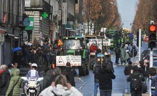 Manifestation d'agriculteurs à bord de leurs tracteurs, le 22 février 2014 à Nantes