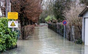 La tempête Eleanor a fait une sixième victime, un octogénaire porté disparu depuis le 4 janvier à Lucenay-Lévêque.