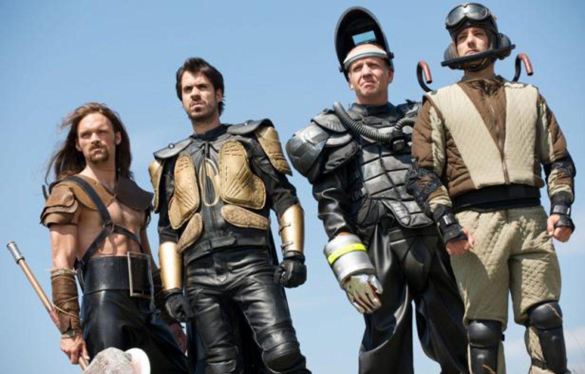 """La série fantastique et décalée """"Hero Corp"""", créée par Simon Astier. – CALT/JP BALTEL"""