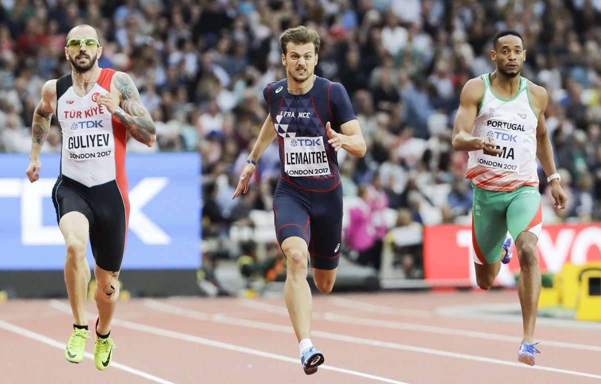 Christophe Lemaitre s'est qualifié pour les demi-finales du 200m des Mondiaux de Londres, le 7 août 2017.  – David J. Phillip/AP/SIPA