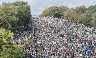 Plus de 500.000 personnes ont participé à la « grève pour le climat » de Montréal aux côtés de Greta Thunberg le 27 septembre 2019, selon les organisateurs.