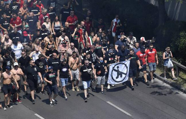 Les ultras de la Carpathian Brigade, réputés proches de la mouvance d'extrême droite hongroise, sont ouvertement homophobes.