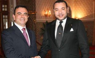 Carlos Ghosn, PDG de Renault,et Mohamed VI, roi du Maroc, ici en 2007, inaugurent ensemble une usine à Tanger ce 9 février 2012