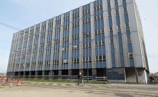 Le bâtiment Cap 44 en bord de Loire à Nantes.