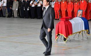 Le ministre de l'Intérieur Christophe Castaner lors de l'hommage au pilote Franck Chesneau