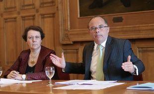Strasbourg le 16 septembre 2014. La directrice académique du Bas-Rhin Michèle Weltzer (g)  et Jacques Pierre Gougeon, recteur de l'académie de Strasbourg lors d'un point presse.