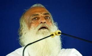 """Se présentant comme """"l'homme-Dieu Asharam"""", plus connu de ses disciples sous le nom de """"Bapu"""" (père), le gourou a estimé auprès de ses fidèles que les responsabilités de la violente agression dans un autobus le 16 décembre à New Delhi ne pouvaient uniquement reposer sur les auteurs."""