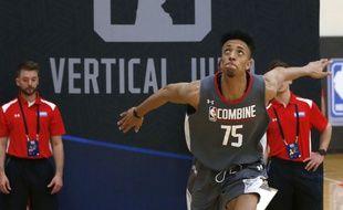 Jonathan Jeanne lors des tests en NBA.