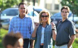 """Le fils aîné du prétendant républicain à la Maison Blanche Mitt Romney, Tagg, a lancé d'un ton léger sur une station de radio locale qu'en regardant Barack Obama attaquer verbalement son père lors du débat présidentiel de mardi, il avait eu envie de """"lui en mettre une""""."""