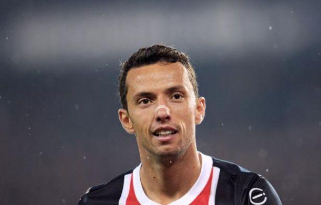 Le joueur parisien Nenê lors du match contre Saint-Etienne le 2 mai 2011.