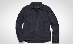 Commuter, la veste en jeans connectée de Levi's et Google, sera lancée à l'automne 2017.