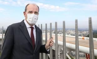 Le premier ministre, Jean Castex ici sur l'Arc de Triomphe, a annoncé que les aides pour l'apprentissage étaient prolongées de six mois lundi 6 septembre à Lyon.