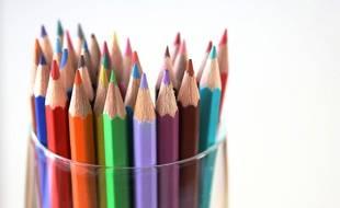 Les adultes sont nombreux à s'adonner au coloriage pour se détendre.