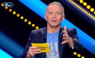 Samuel Etienne, stupéfait par la réponse d'une candidate de «Question pour un champion» dans l'émission diffusée le 13 juin 2018.