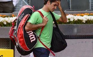 Après Novak Djokovic, le tenant du titre Roger Federer a été éliminé prématurément, en 8e de finale, jeudi du Masters 1000 de Madrid, victime du Japonais Kei Nishikori, membre d'une jeune génération qui commence à pointer le bout du nez.