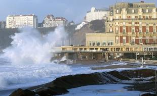 La municipalité de Biarritz va fermer les sites sensibles.