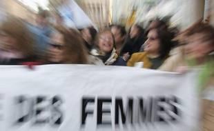 Le 8 mars, la journée internationale des femmes va être une nouvelle fois l'occasion de revendiquer l'égalité entre les sexes et l'amélioration des conditions de vie des femmes dans le monde, et sera un rendez-vous crucial pour les féministes en France peu avant la présidentielle.