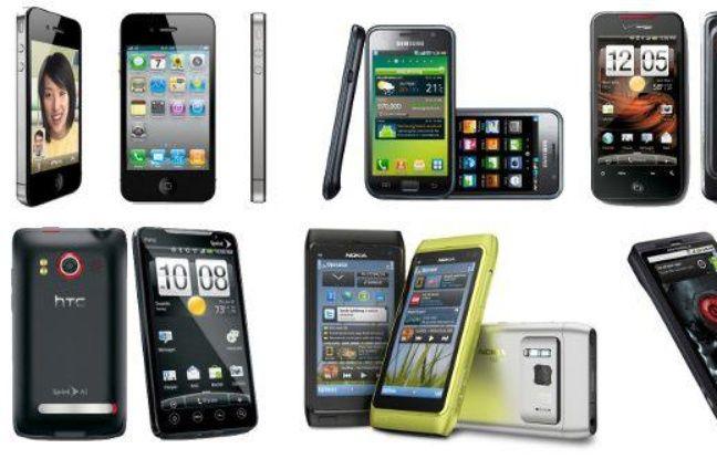 Dans l'ordre: l'iPhone 4, le Samsung Galaxy S, le HTC Droid Incredible, le HTC Evo 4G, le Nokia N8 et le Motorola Droid X