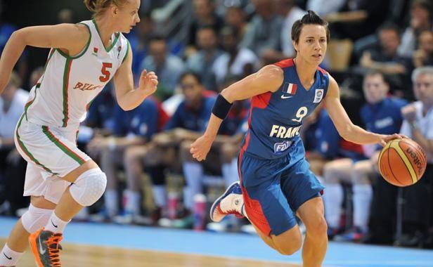 La joueuse française de basket, Céline Dumerc, lors d'un match de l'Euro féminin contre la Biélorussie, le 23 juin 2013 à Mouilleron le Captif.