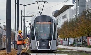Un tram de la Luxtram compagny, le 24 novembre 2017 au Luxembourg. A compter du 1er mars, Le Grand-Duché sera le premier pays à offrir la gratuité totale de ses transports publics (train-tram-bus) sur tout son territoire, que l'on soit résidents, frontaliers ou touristes.