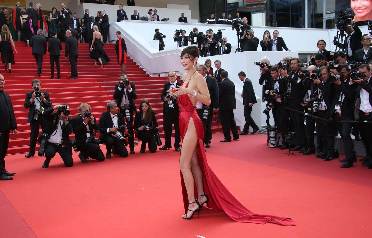 Bella Hadid au Festival de Cannes le 18 mai 2016 – Joel Ryan/AP/SIPA