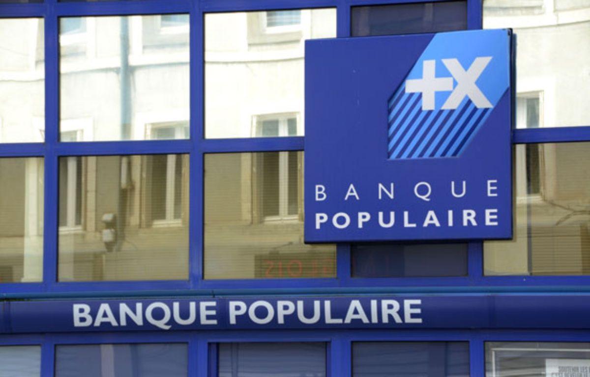 Une agence de la Banque Populaire. – JAUBERT/SIPA