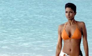 Halle Berry et son célèbre bikini de James Bond Girl dans «Meurs un autre jour» (2002).