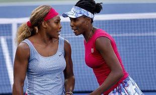 Serena et Venus Williams ont évoqué leur sœur aînée, Yetunde Price, tuée dans une fusillade à Los Angeles en 2003.