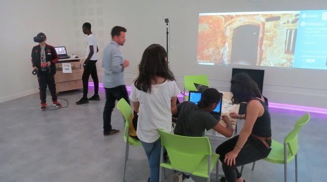 nantes imprimante 3d r alit virtuelle escape game des coll giens testent la classe du futur. Black Bedroom Furniture Sets. Home Design Ideas
