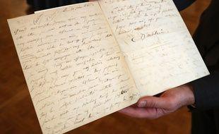 Dans cette lettre datée de juin 1845, Charles Baudelaire annonçait à sa maîtresse Jeanne Duval son intention de se suicider.