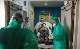 De nombreux soignants redoutent une deuxième vague imminente de coronavirus.