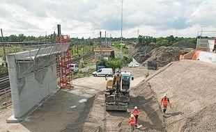 Un chantier à Ambarès-et-Lagrave sur le chantier de la LGV Tours-Bordeaux.