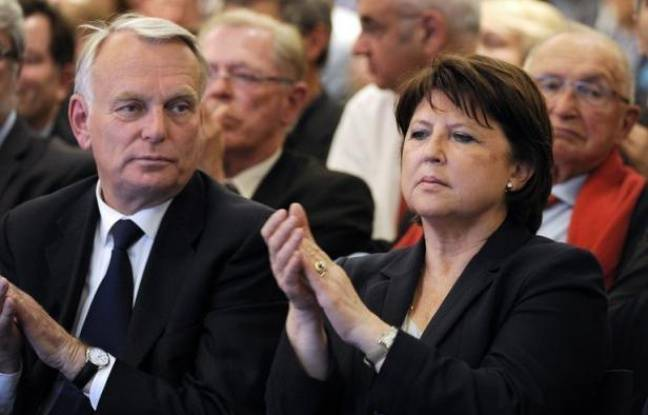 """La patronne du PS Martine Aubry est la première à faire les frais de la délicate alchimie que représente, pour François Hollande et son Premier ministre Jean-Marc Ayrault, la constitution du nouveau gouvernement, où les """"hollandais"""" historiques pourraient être réduits à la portion congrue."""