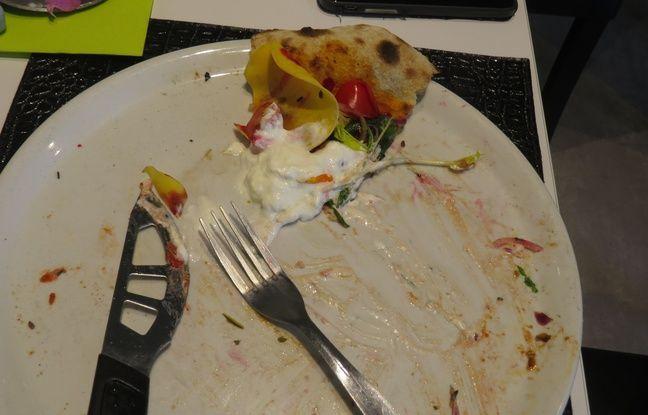 J'ai donc mangé une pizza qautre heures après avoir mangé des pâtes. Bonheur: 20/20. Hygiène de vie: 2/20