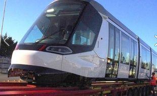 La nouvelle rame de tram Citadis en provenance de La Rochelle Capture d'écran Facebook