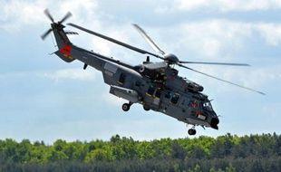 Un hélicoptère Caracal d'Airbus, le 14 mai 2015 à Powidz en Pologne