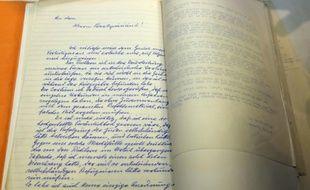 Photo, le 27 janvier 2016, d'une lettre d'Adolf Eichmann rendue publique par Israël