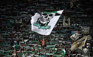 Les supporters stéphanois, ici en septembre contre Monaco, manqueront une nouvelle fois le derby du 23 novembre à Décines.