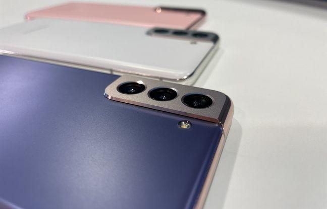 Le bloc photo à l'épaisseur assumée du Galaxy S21 de Samsung.