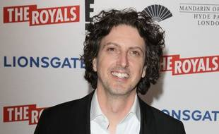 Le showrunner de la série The Royals, Mark Schwahn