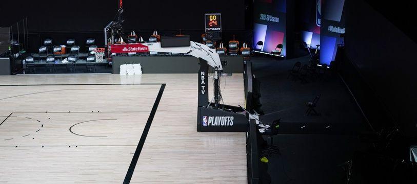 Les sports en salle ne savent pas s'ils pourront continuer leur saison à huis clos.