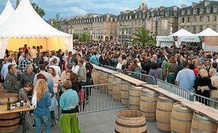 L'édition 2012 de Bordeaux fête le vin a attiré plus de 500.000 visiteurs.