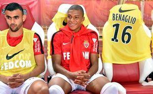 Mbappé, assis à côté du meilleur joueur du monde
