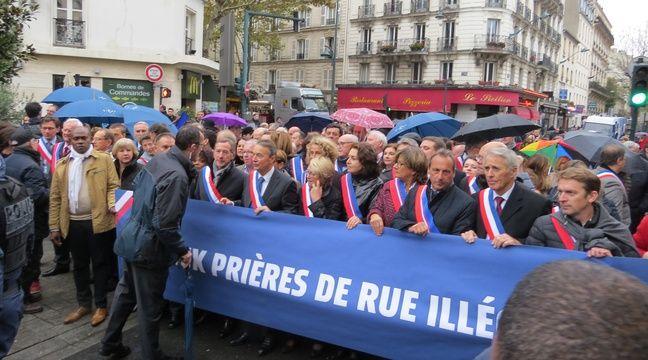 Prières de rue à Clichy: Des responsables musulmans vont porter plainte après un rassemblement d'élus